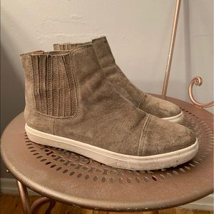 Steve Madden Shoes - Steve Madden High Top
